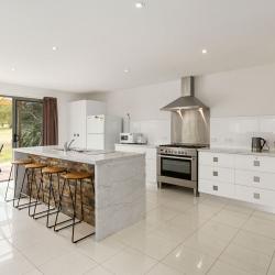 Coles Bay Accommodation - Freycinet Rentals - Hazards View Units