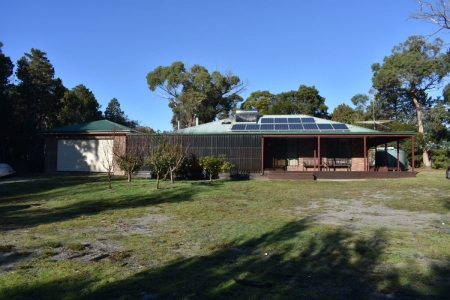 Freycinet Rentals - Coles Bay Holiday Houses - The Hideout