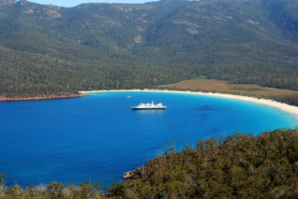 Coles Bay Holiday Houses - Freycinet Rentals - Wineglass Bay